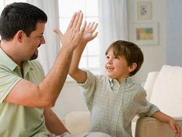 Di Usia Ini Anak Paling Butuh Apresiasi Orang Tua