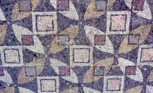 Perbedaan Mozaik dan Kolase