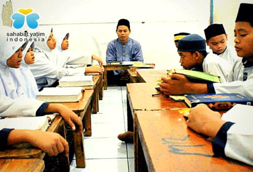 Bantuan Guru Qur'an Sahabat Yatim Indonesia